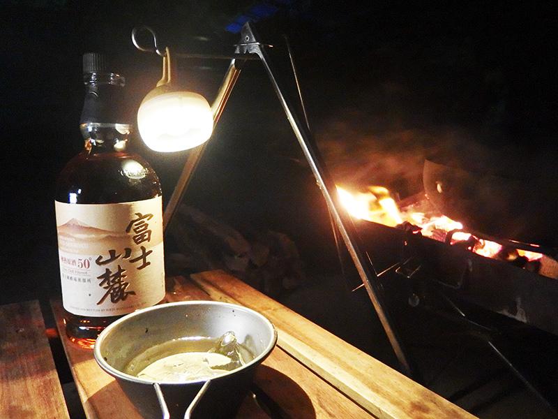 夜おそくに行くソロキャンプは楽しめるのか