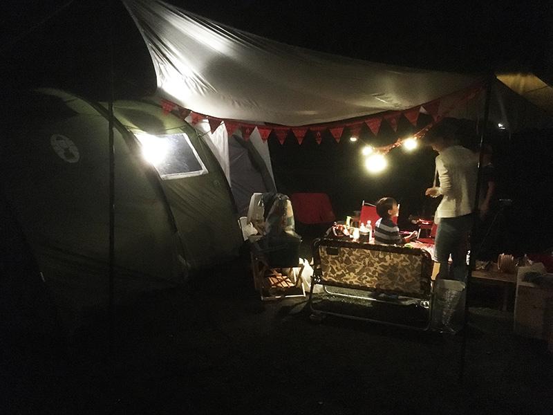 キャンプの夜の過ごし方