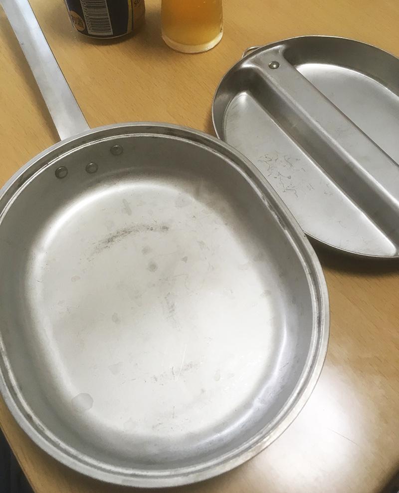 ソロキャンプ フライパン お皿