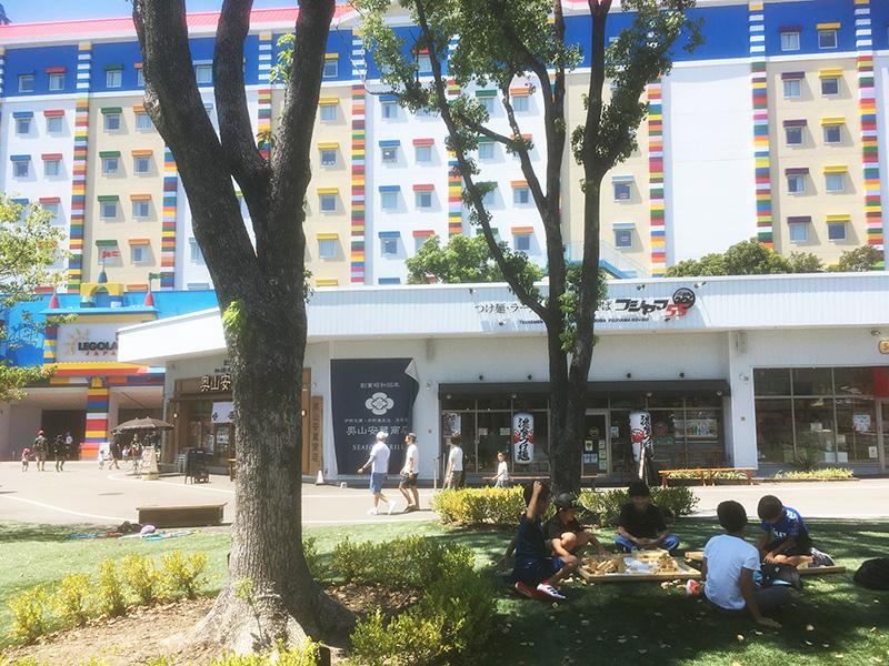 レゴランドホテルに隣接する商業施設
