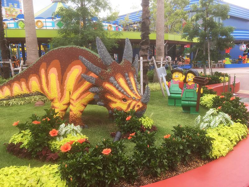 レゴランド 園内 レゴでできた恐竜