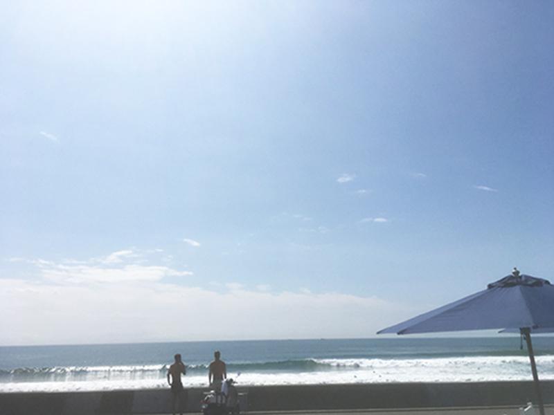 鎌倉・湘南 ハワイ-パシフィックドライブイン-海を見ながらのランチできる店