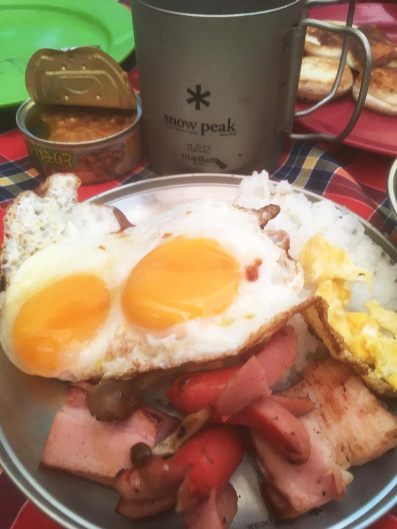 キャンプの朝食は?キャンプめし キャンプの時のあさごはん