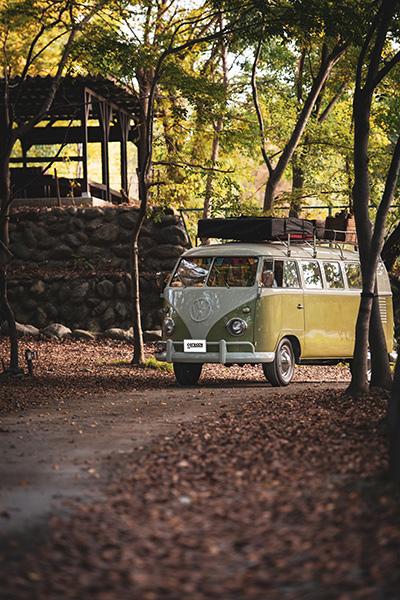 憧れの野遊び車が多数掲載 キャンプ 車
