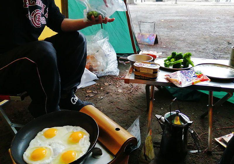 キャンプの朝 朝食は何する?