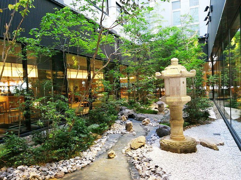リッチモンドホテルプレミア京都駅前 中庭
