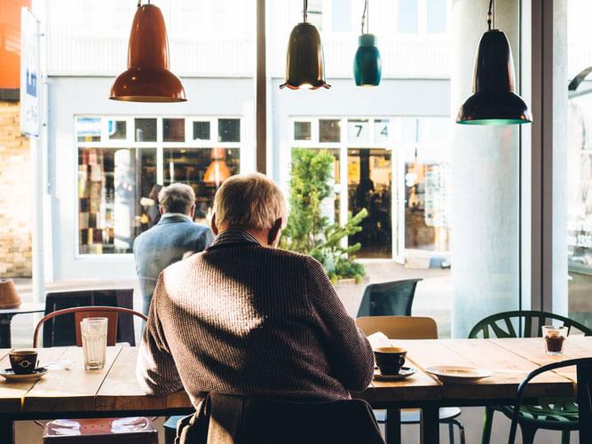 文章が苦手な人でもカフェで読める本