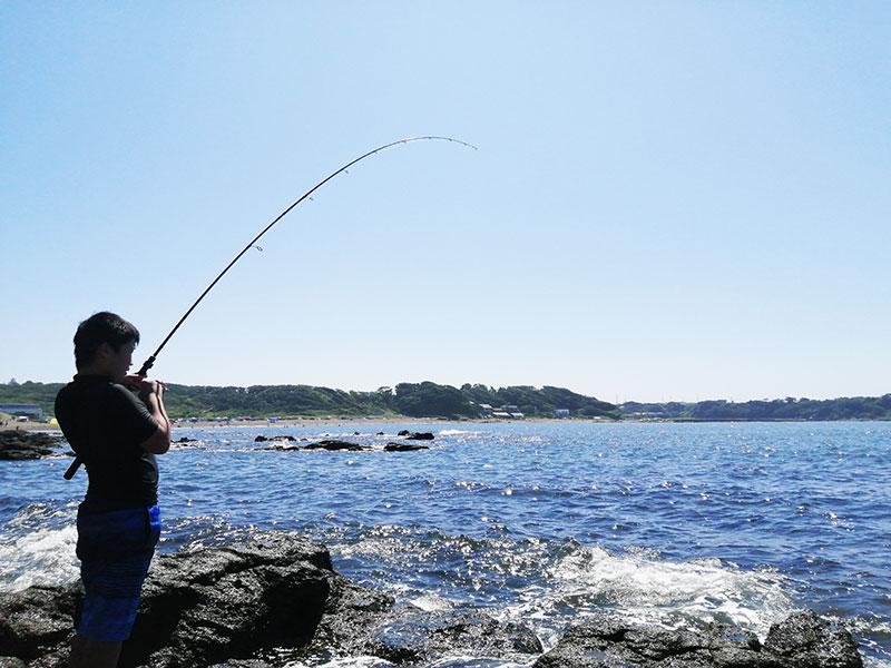 神奈川 釣り バーベキューのできる海はある?