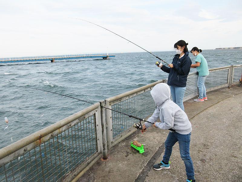 本牧海釣り施設は子供が行っても釣れるの?